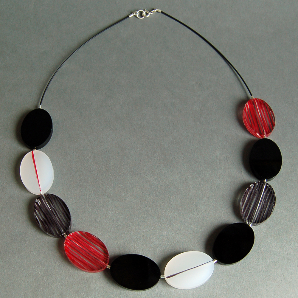 red long Void necklace