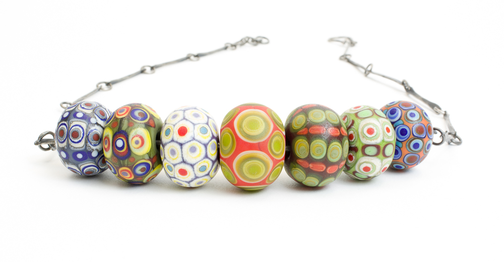 Focal bead bar necklace, mixed colours
